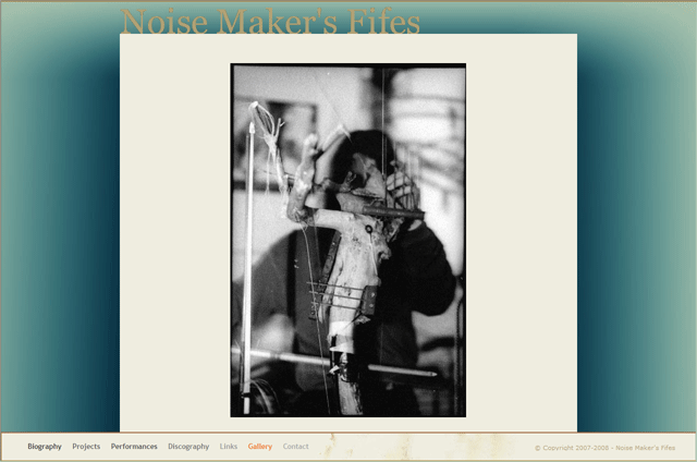 Noise Makers Fifes
